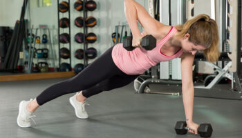 Is It Still Safe to Go to the Gym in Coronavirus? Here's What a Doctor Says